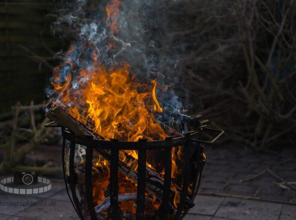 Der Feuerkorb im Garten