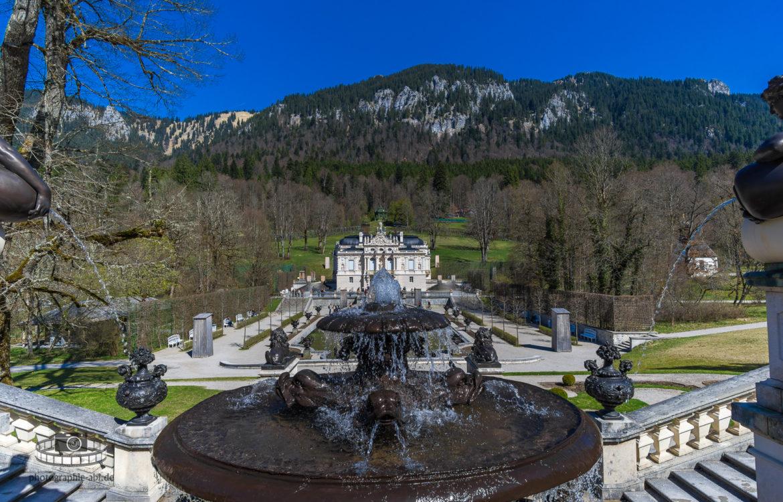 Blick auf Schloss Linderhof