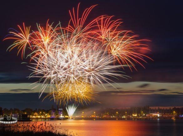 Abschlussfeuerwerk - Bitterfelder Hafenfest 2017