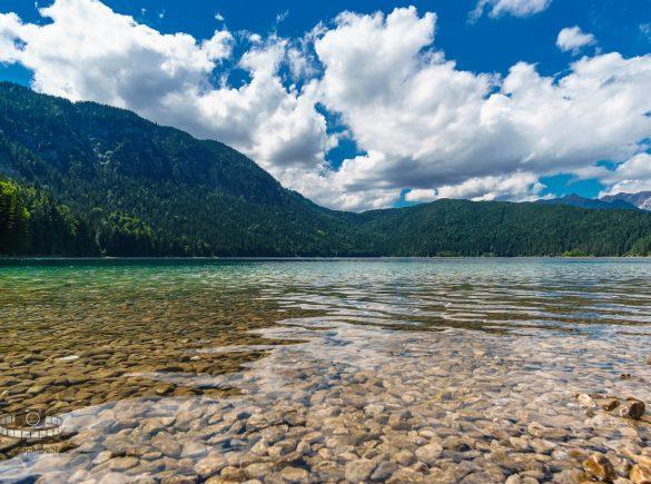Der Eibsee - Traumhafte Natur vorm Zugspitzmassiv